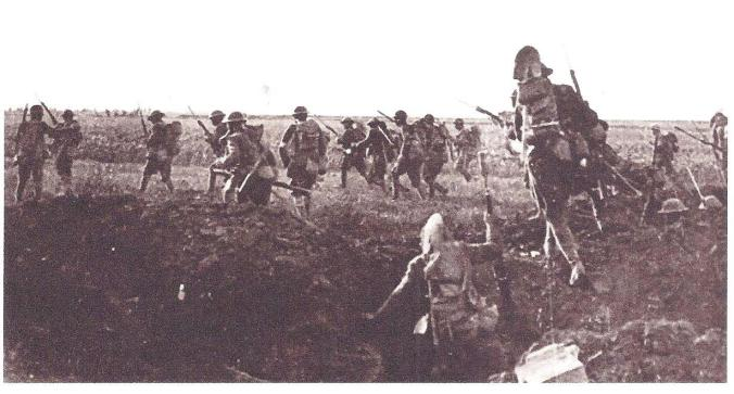 American Troops Attacking Germans, 1918 001